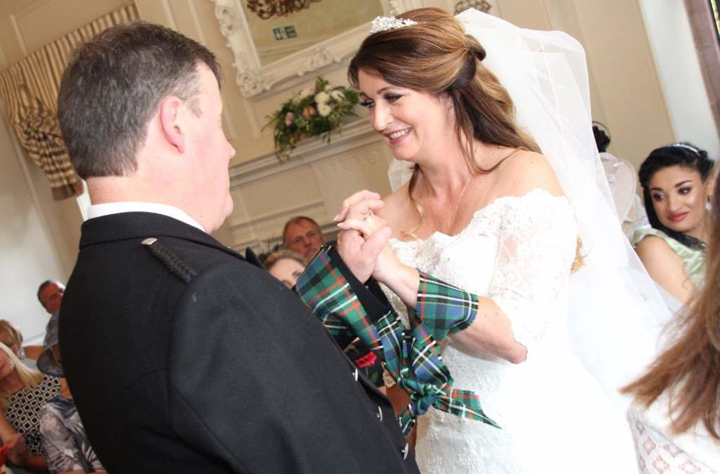 Celtic Wedding|Handfasting| Bagpipes| Scottish Piper| Celebrant Manchester| Unity Ceremonies| Unity Candle| Symbolic Ceremonies| Bespoke Wedding Ceremonies| Non-Traditional Weddings|Humanist Weddings| LizatUnity